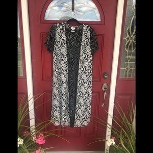 LuLaRoe Joy Vest, size Medium.  Black & white lace